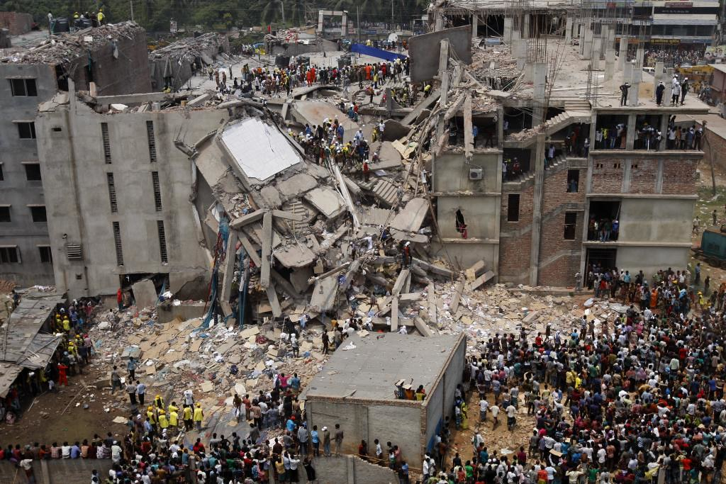 collasping picture rana plaza
